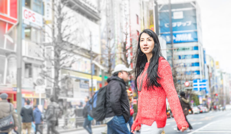 tourist, traveller in Japan's shopping area